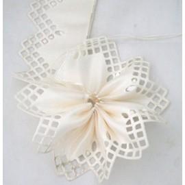 Nastro porta confetti geometrico col. bianco