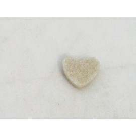 Cabochon heart sugar with. Sand