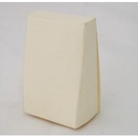 "Small ""Slice of cake"" Ivory - 8x4.5x4 cm"