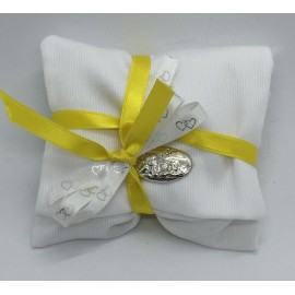 Bustina in piquet bianco con placchetta argento