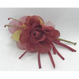 Fabric flower and organza portaconfetti bordeaux